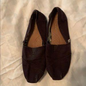 Black Toms size 7